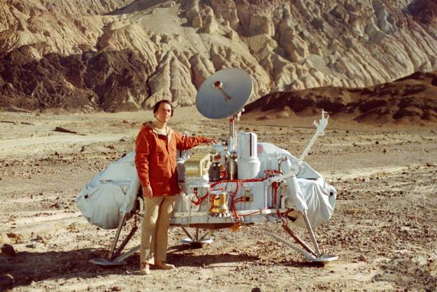 The late Carl Sagan discusses the Viking mission and the controversy surrounding its science results in his ground-breaking television series, Cosmos