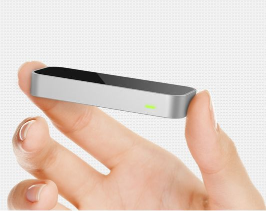 "It is hoped that the Leap Motion device can be ""well integrated"" into the SL viewer (image courtesy of leapmotion.com)"