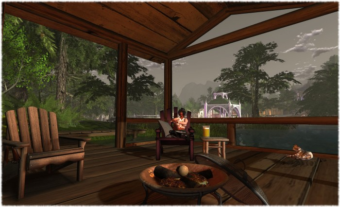 Resting a while at Calas Galadhon, after almost going snap-happy ...