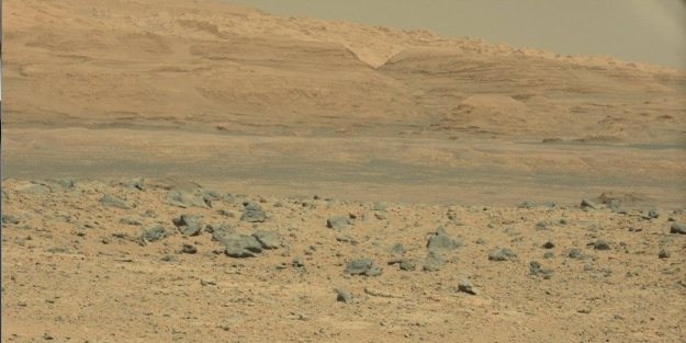 "Getting closer: the Mesa at the foot of ""Mount Sharp"" as captured by Curiosity's Mastcam zoom lens"