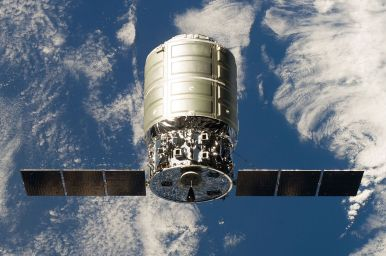 The first Cygnus resupply vehicle approach the space station in 2013. Image: NASA