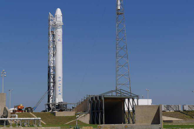 A Falcon 9 rocket, similar to the Dragon-carrying vehicle shown above, should lift-ff from Cape Canaveral on Saturday, December 19th - with the first stage returning to land there after separating from the rest of the vehicle