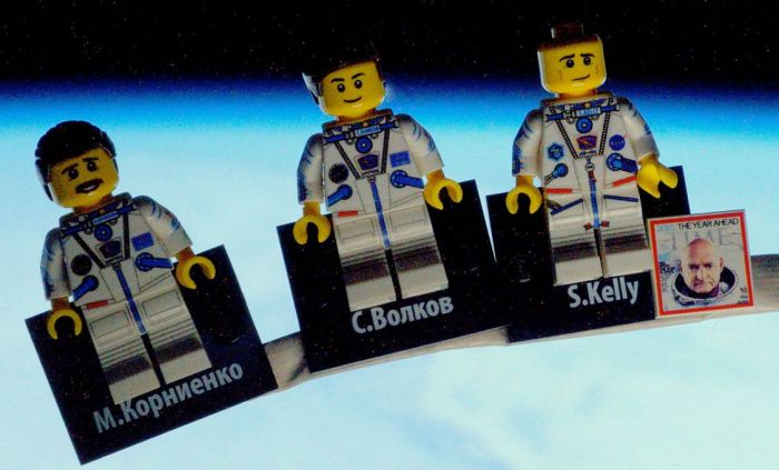 Tim Peake's Lego figures of Kornienko (l) and Kelly (r) with Volkov in between (credit: ESA / Tim Peake)