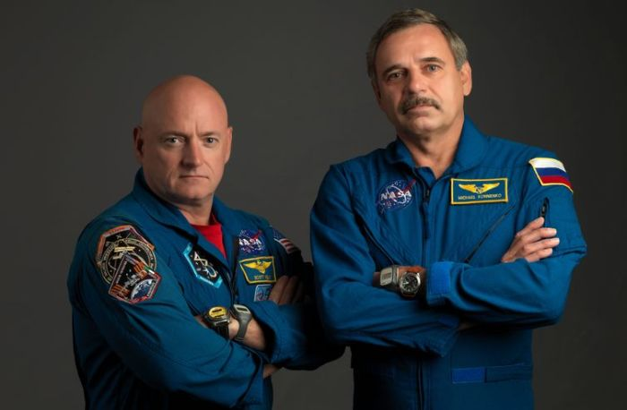 Scott Kelly (l) and and Mikhail Kornienko (credit: NASA)