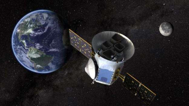 "Artist's impression of TESS in it ""P/2"" orbit"