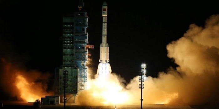 The Long March 2F carrying the Tiangong-2 orbital laboratory, lifts-off from China's Jiuquan Satellite Launch Centre in Gansu Province at 14:04 UTC on Thursday, September 15th
