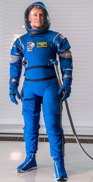 boeing-space-suit