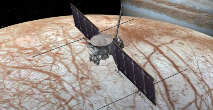 Artist's impression of the Europa multiple flyby mission spacecraft. Credit: NASA