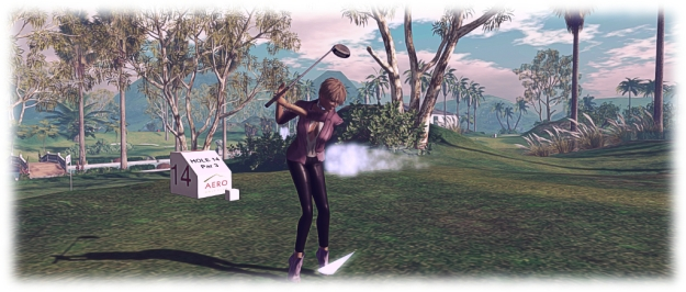 AERO Golf Club: Caitlyn tees off!